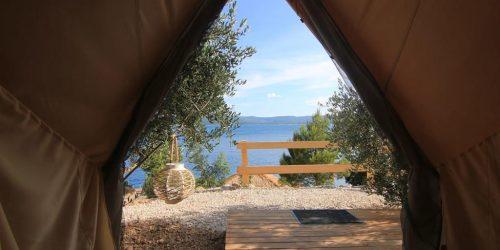 Camping-aloa-tent